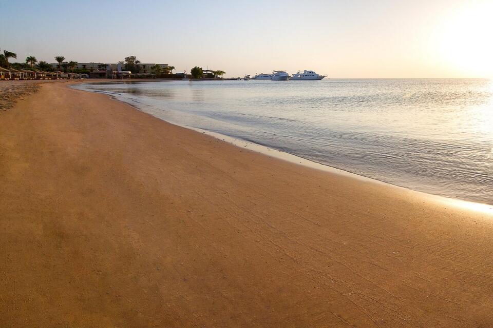 safaga beach